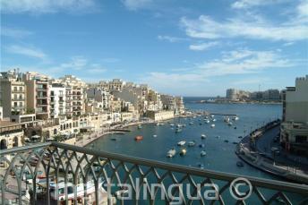 Hotel Juliani'den Spinola Bay görüntüsü