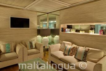 Juliani otelinde salon alanı