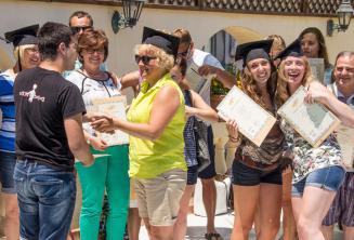 Malta'daki İngilizce kurslarının sonunda öğrenciler bir sertifika alıyorlar