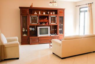 Maltali bir host ailenin oturma odasi