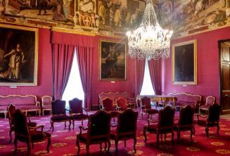 Valetta'da bir sarayda bir devlet odası