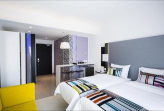 Malta'da Valentina oteldeki modern konuk odası